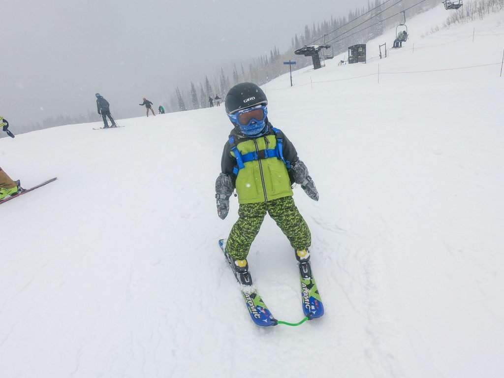 toddler skiing with an edgie wedgie