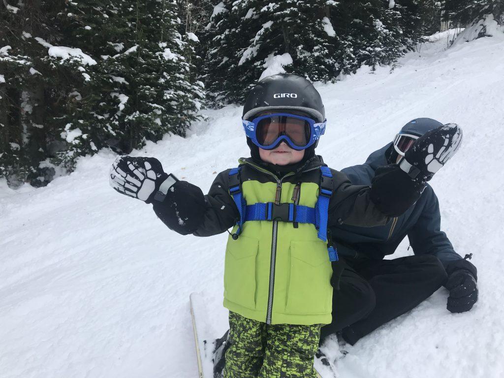 2-year-old wearing Veyo kids mittens