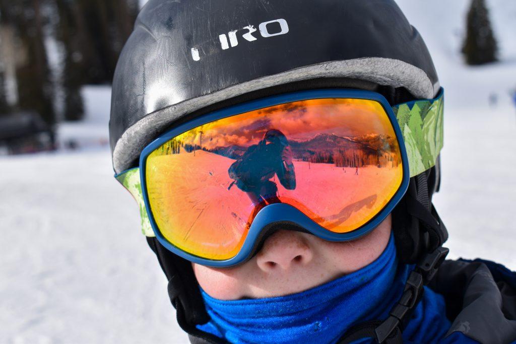 kids ski goggle reflection