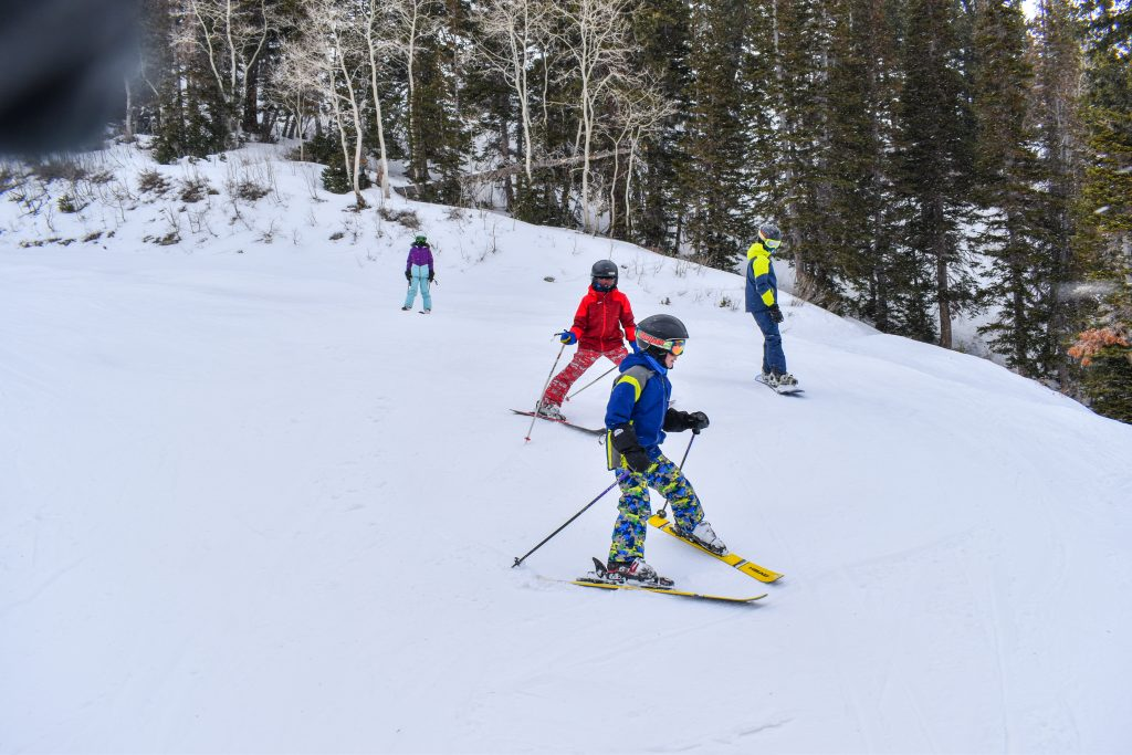 right of way on skis