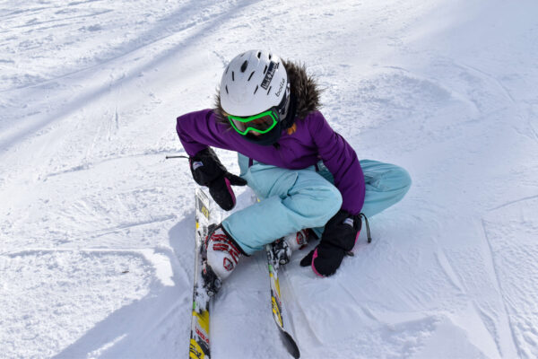 falling down while skiing