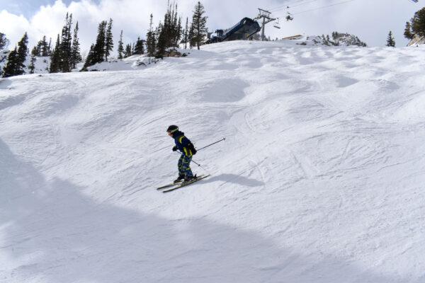 skiing in control