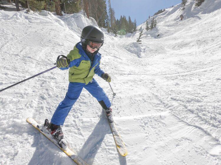Kids ski free COlorado