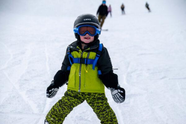skiing kid smiling